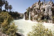 Vista de la cascada que está en el interior del Parque Genovés